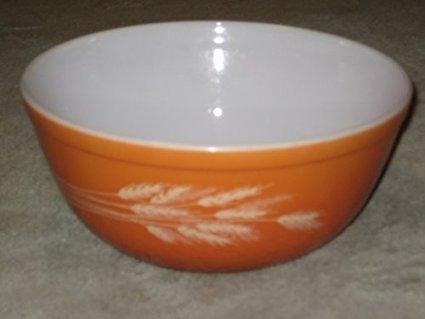 Vintage 1980's Pyrex AUTUMN HARVEST WHEAT Burnt Orange 2 1/2 Quart Batter Mixing Nesting Bowl