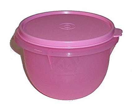 Tupperware Classic Flat Bottom 4 Cup Small Mixing Bowl in Sheer Pastel Pink