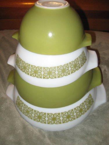 SET OF 4 - Vintage Pyrex Glass