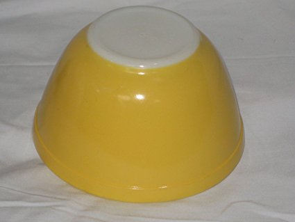 Vintage Pyrex YELLOW Small 1 1/2 Pint Mixing Nest Batter Bowl #401 USA